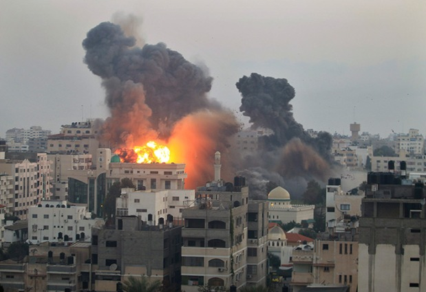 Gaza, des immeubles d'habitation bombardés