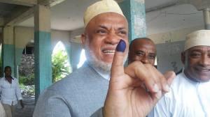 Sambi a voté le 25/01/15 à Batsa